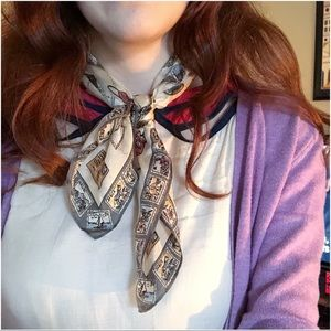 Stamp print neck scarf